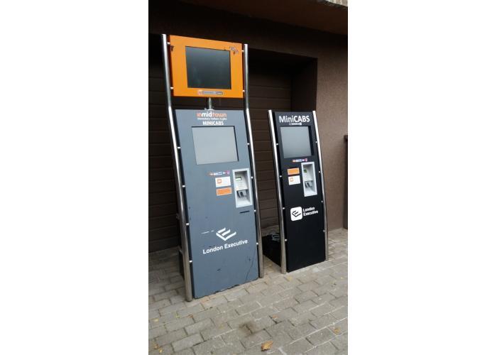 Touch screen reklaminiai kioskai